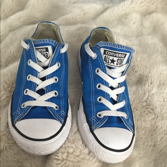 Converse gently used blue size 1.5